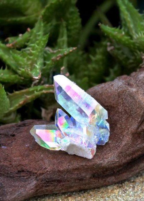 e8436dd41844f386ca5933262a88957e--quartz-cluster-crystal-cluster
